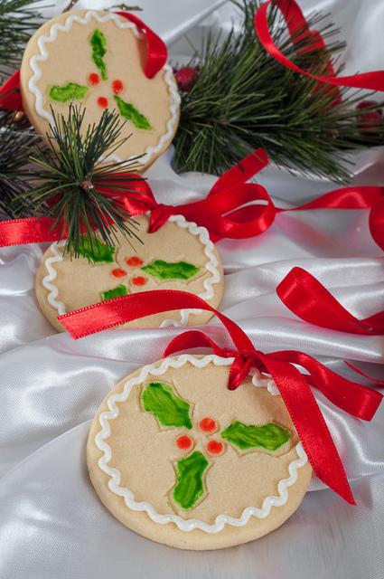 Новогоднее печенье на елку - вкусная традиция