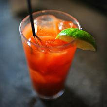 Рецепты алкогольных коктейлей для домашней вечеринки