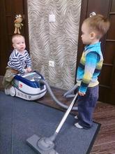 Маленький помощник: как приучить ребенка к порядку?