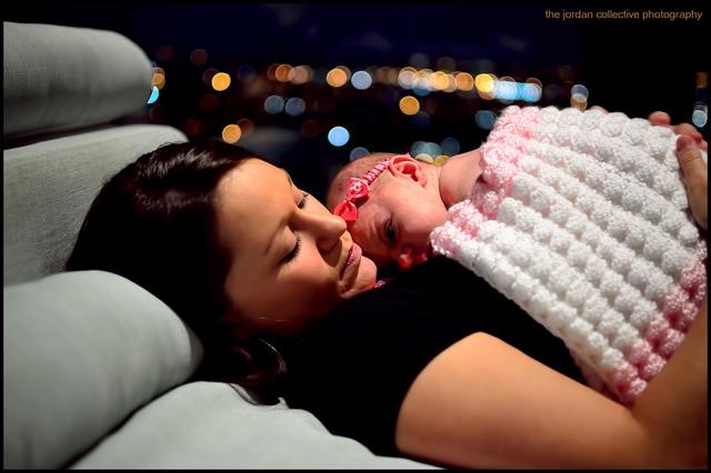 Первый месяц жизни малыша. Уход за новорожденным