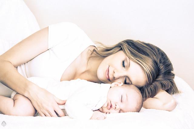 Польза грудного вскармливания для мамы и малыша