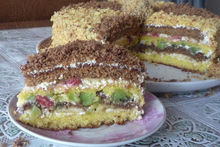Торт из слоеного теста с заварным кремом