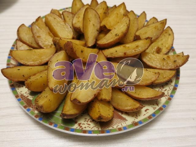 Картофельные дольки вдуховке «По-деревенски»
